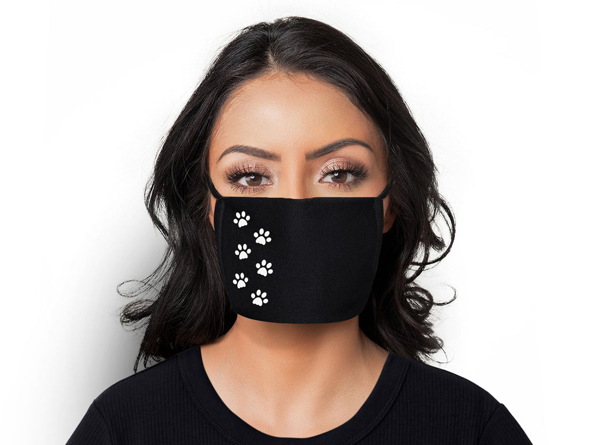 This simple, cute puppy paw print mask